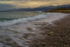 Sandy Beach Rijeka Arkivfoton