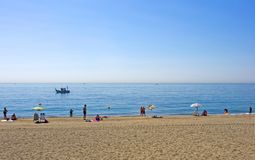 sandy Estepona południowej plaży Hiszpanii Zdjęcia Stock