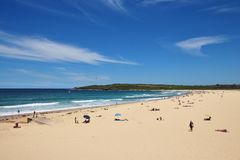 Sandy Maroubra Beach and azure blue Pacific Royalty Free Stock Images
