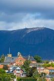 Sandy Podpalany i góra święty Canice pod górą Wellington Zdjęcie Stock