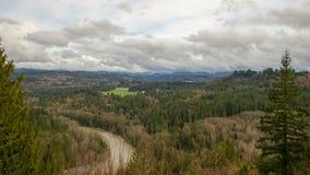 Sandy River Basin Landscape Time schackningsperiod i Oregon lager videofilmer