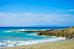 Sandy-Strand und Küstenlinie Lizenzfreie Stockfotografie