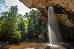 Sang Chan Waterfall Moonlight Waterfall no parque nacional de Pha Taem, província de Ubon Ratchathani, Tailândia fotos de stock royalty free