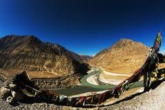 Sangam Indus och Zanskar floder som möter i Leh Royaltyfri Fotografi