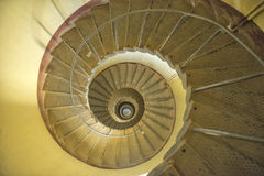 Sanganeb lightouse som spolar spiraltrappuppgången Royaltyfri Bild