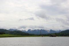 Sangklaburi, een idyllische plaats en goed de moeite waard het bezoeken van gebied in Th Stock Fotografie