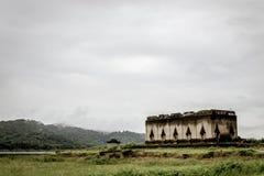 Sangklaburi undervattens- tempel Fotografering för Bildbyråer