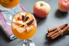 Sangria, cidre de pomme, poinçon photographie stock libre de droits