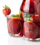 Sangria di rinfresco della frutta. Primo piano Fotografie Stock Libere da Diritti