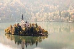 Sanguinato con il lago, la Slovenia, Europa Immagine Stock