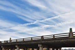 Sanjo-Brücke in Kamo-Fluss Kyoto Japan Lizenzfreies Stockbild