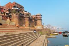 Sankatha Ghat in Varanasi op de Rivier van Ganges Stock Afbeeldingen