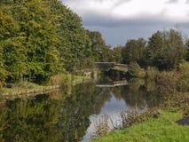 Sankey kanal nära Warrington Arkivbilder