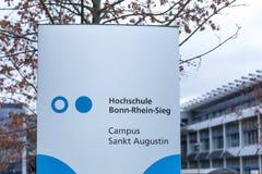 Sankt Agustín, Rin-Westfalia del norte/Alemania - 09 11 18: universidad del sieg de Bonn Rhin en el sankt Agustín Alemania fotografía de archivo
