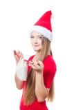 Sankt-Frau, die ein Geschenk anhält lizenzfreie stockfotos