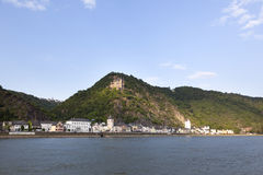 Sankt goarshausen with castle along the river Rhine Stock Image