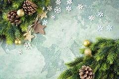 Sankt Klaus, Himmel, Frost, Beutel Stern auf grünem Steinhintergrund Stockfotografie