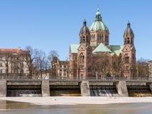 Sankt Lukas kyrka i Munich royaltyfri fotografi
