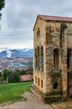 Sankt MarÃa Del Naranco Vor-Romanik Palast und chuch in Ast Lizenzfreie Stockfotografie