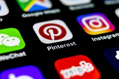 Pinterest application icon on Apple iPhone X smartphone screen. Pinterest app icon. Pinterest is the popular Internet social netw. Sankt-Petersburg, Russia stock images