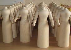Sankt-` s Werkstatt in Deutschland mit geschnitzten hölzernen Spielwaren lizenzfreie stockfotos