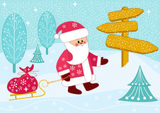 Sankt trägt einen Beutel der Geschenke auf Schlitten. Lizenzfreie Stockbilder