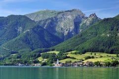 Sankt Wolfgang & Wolfgang Lake Stock Afbeelding