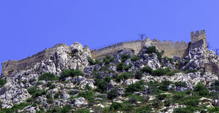Sanktt Hilarion slott, Kyrenia, Cypern Royaltyfri Fotografi