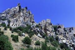 Sanktt Hilarion slott, Kyrenia, Cypern Royaltyfria Foton