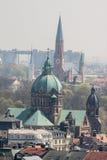 Sanktt Lukas och Sanktt John baptistkyrkor Munich Arkivfoto