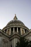 Sanktt Pauls domkyrka, London, England Arkivfoto