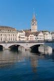 Sanktt Peter kyrka i Zurich fotografering för bildbyråer