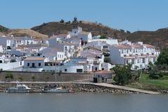 Sanlúcar de гвадиана, в Испании, с другой стороны Рио стоковое фото