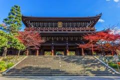 Sanmon - Chion在寺庙主闸在京都 免版税库存图片