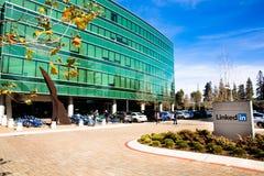 Sannyvale, CA, usa - Feb 1, 2018: Budynek LinkedIn Korporacja biuro Zdjęcie Royalty Free