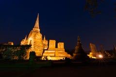 Sanphet di sri di phra di Wat nella notte Immagini Stock