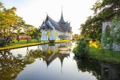 Sanphet Prasat宫殿,阿尤特拉利夫雷斯在古老泰国, Samutparkan,泰国 库存照片