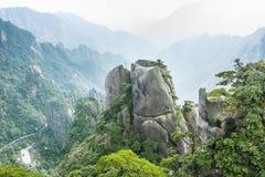 Sanqingshan-Gebirgslandschaft Stockbilder