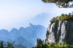 Sanqingshan-Gebirgslandschaft Stockfotografie