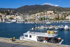 """Sanremo, †de Itália """"14 de novembro de 2017 - opinião do dia da sagacidade do mar fotos de stock"""