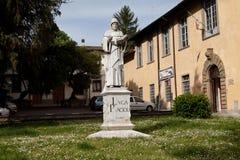 SANSEPOLCRO, ITÁLIA Monumento Luca Pacioli Fotografia de Stock Royalty Free