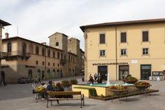 SANSEPOLCRO, ITALIEN - 5. MAI 2014: Foto von Piazza Torre di Berta Stockbild