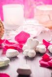 Santé de corps d'amour de coeur de jour de valentines de composition en station thermale Photos stock