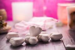 Santé de corps d'amour de coeur de jour de valentines de composition en station thermale Image libre de droits