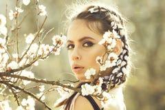 santé de la jeunesse, concept de fraîcheur, les gens et nature, conception florale photo libre de droits
