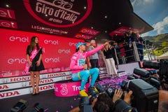 Sant Анна, Италия 28-ое мая 2016; Vincenzo Nibali, команда Астаны, на подиуме в розовом Джерси Стоковые Фотографии RF