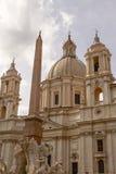 Sant'Agnese w Agone obelisku w Rzym Włochy i kościół Obraz Royalty Free