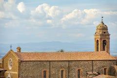 Sant ` Agostino kościół w Montalcino miasteczku, Val d ` Orcia, Tuscany, I Obrazy Royalty Free