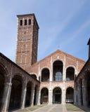 Sant'Ambrogio大教堂在米兰,意大利 图库摄影