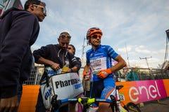 Sant Ana, Italia 28 de mayo de 2016; Damiano Cunego, equipo Vini de Nippo Fantini, en jersey azul Fotografía de archivo libre de regalías
